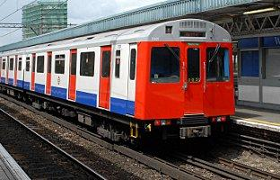 A District Line tube train