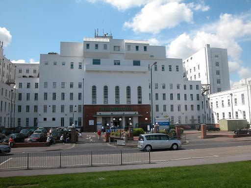 "Healthcare bosses ""confident"" they will have money to expand should St Helier Hospital lose vital services"