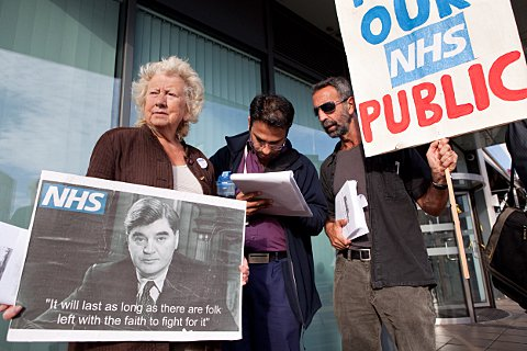 Campaigners deliver petition to NHS chiefs