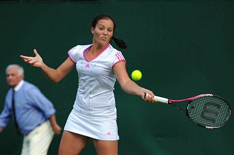 On top in China: Laura Robson is through to the Guangzhou International Open   SP59018
