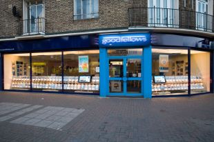 Wimbledon Guardian: Goodfellows Estate Agent, Mitcham