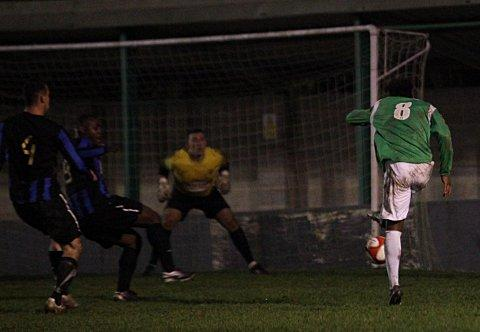 Eat my goal: Jerson Dos Santos fires home for the Leafe against Sevenoaks    SP70855
