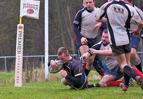 On their way: Old Walcountians flanker Jack South opens the scoring against Croydon            Picture: Alun Stockton
