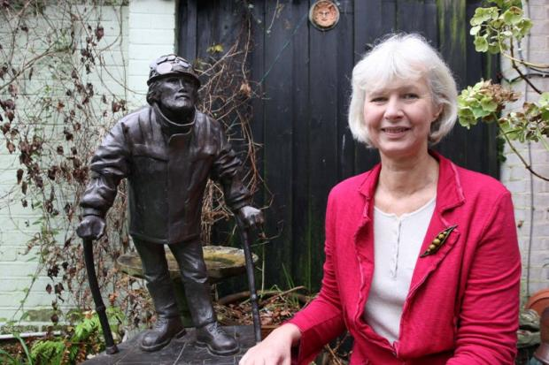 Wimbledon artist Amanda Ward bids to erect statue of peace activist Brian Haw in Parliament Square