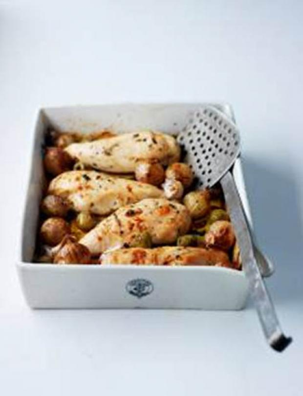 Recipe: Chicken baked with shallots, olives and thyme