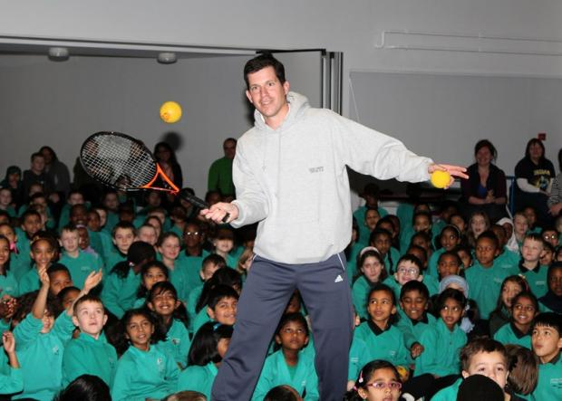 Tennis champ visits primary school