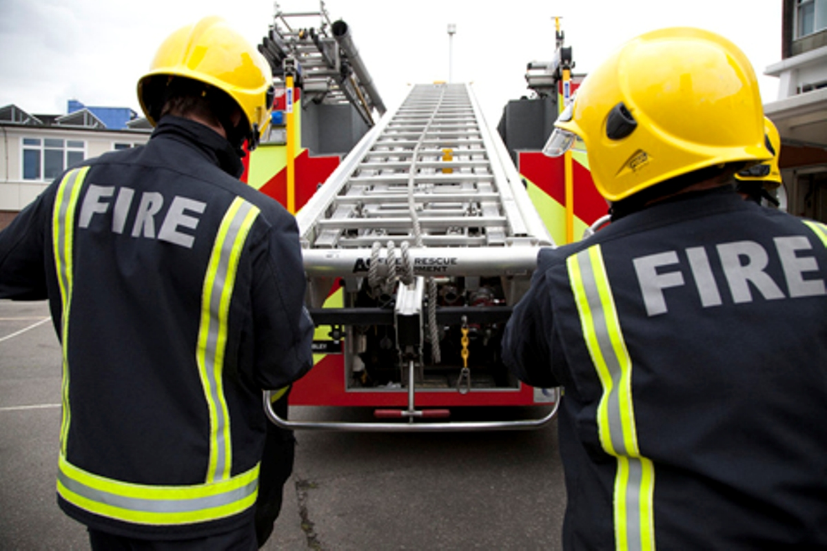 Fire crews called to smell of smoke in Pollards