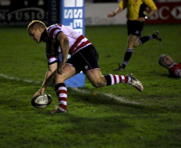 Eight-ball: Pete Hodgkinson goes over for Park's eighth try of the afternoon          All pictures: David Whittam