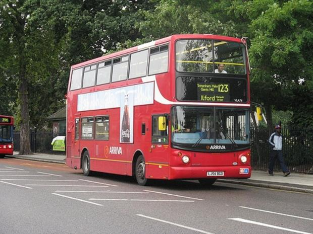 London's buses will become cashless from this summer