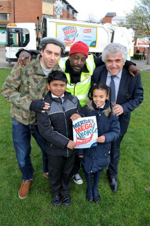 Wrongtom, Mark Professor and Councillor Stephen Alambritis launch the Mega Recycle campaign with support from youngsters