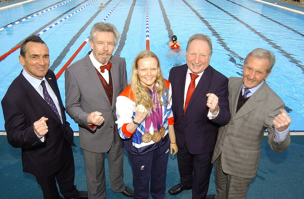 Top Paralympic swimmer at Charlton Lido's official relaunch