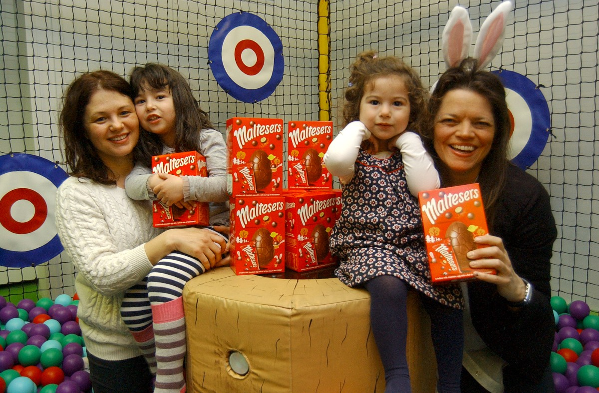 Surprise bunny delivers eggs to children at YMCA