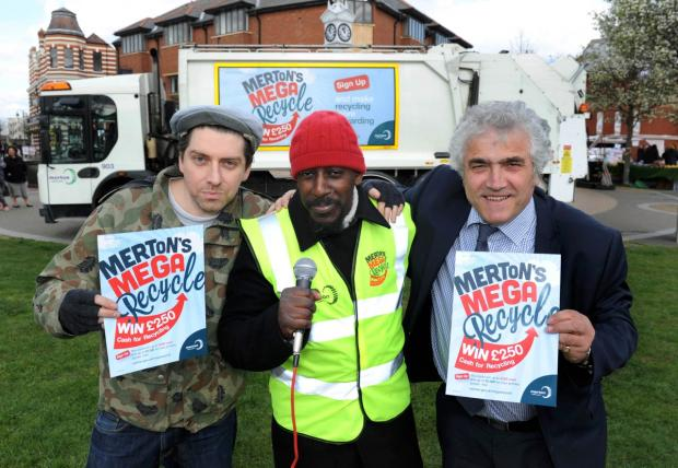 Wrongtom, Mark Professor and Councillor Stephen Alambritis launch the Mega Recycle campaign