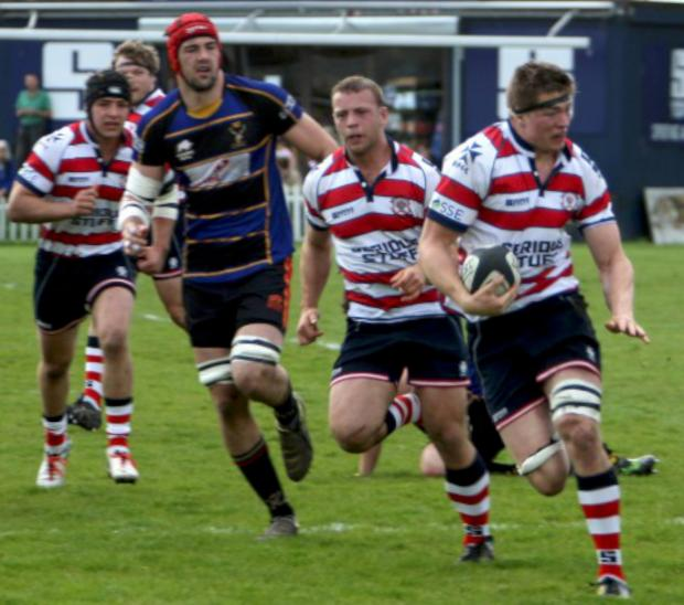 Wimbledon Guardian: Get out my way: Tom Baldwin on the charge in Rosslyn Park's eight-try win over Cinderford on Saturday                All pictures: David Whittam
