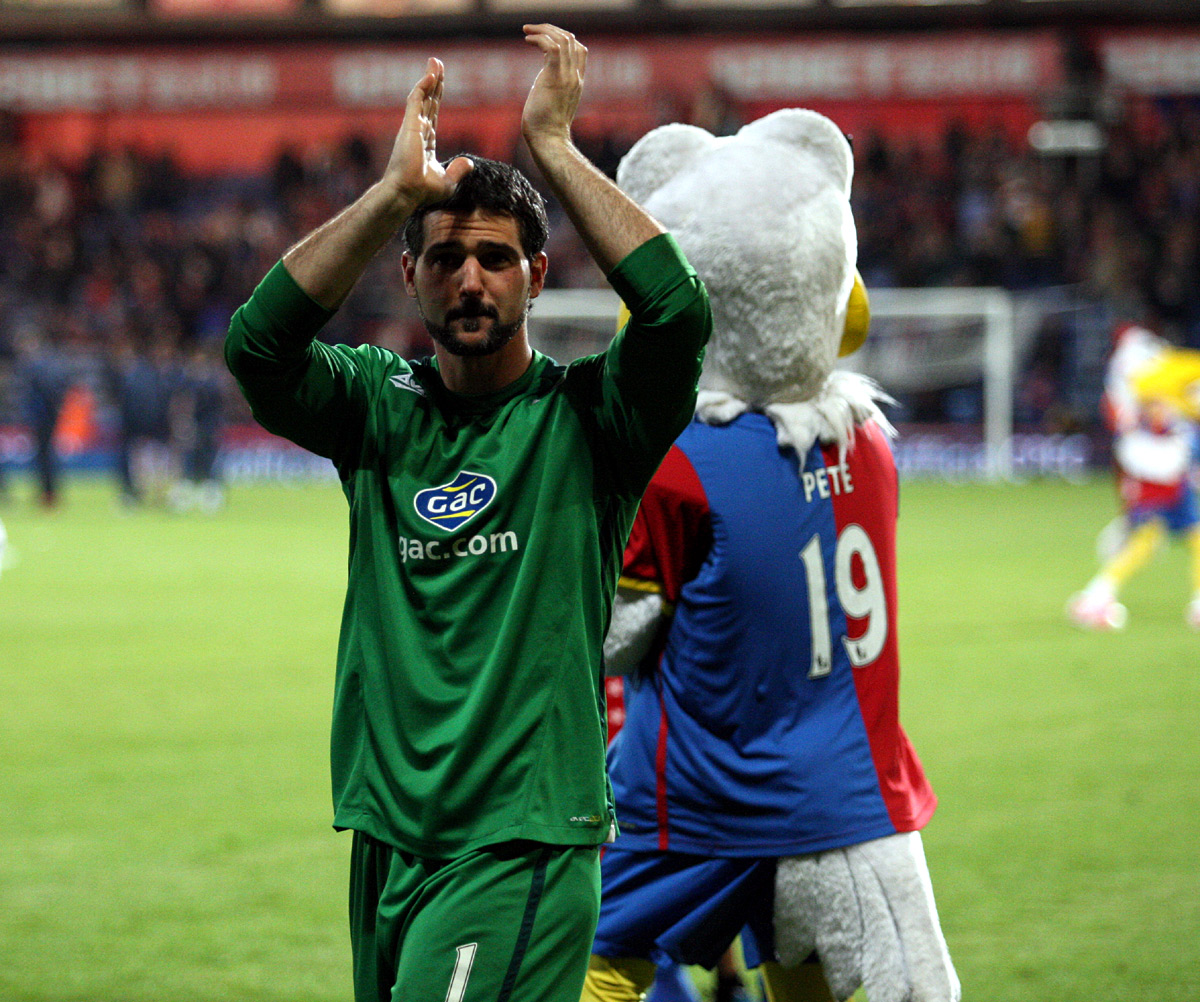 Wimbledon Guardian: Speroni claps the fans at the end of Monday night's thriller
