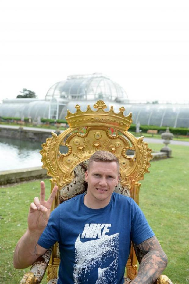 Wimbledon Guardian: Back in town: David Weir at Kew Gardens this week lending his su