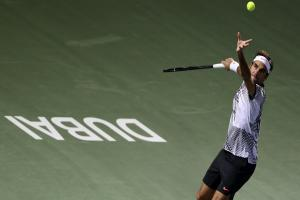 Roger Federer eases into second round in Dubai