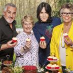 Wimbledon Guardian: Bake Off team take a break from filming as tent temperatures reach boiling point