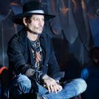 Wimbledon Guardian: Johnny Depp duetted with Kris Kristofferson at Glastonbury
