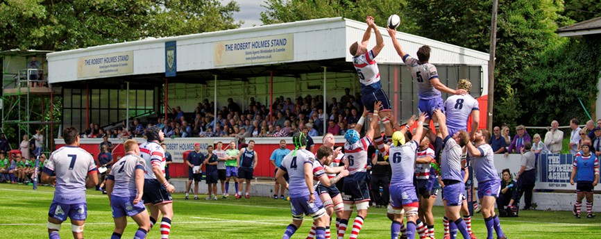 Rosslyn Park take on London Scottish