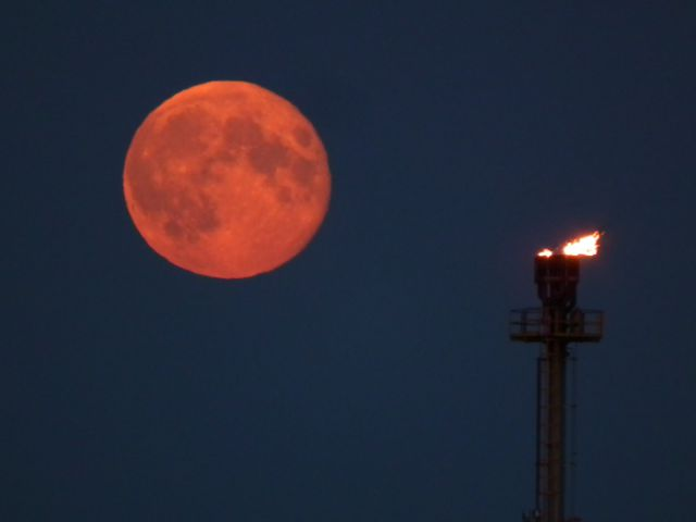 Pink supermoon to appear in UK next week - Wimbledon Guardian
